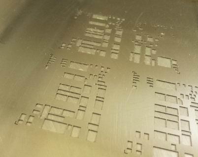 Трафарет с рельефными карманами для  второго цикла печати